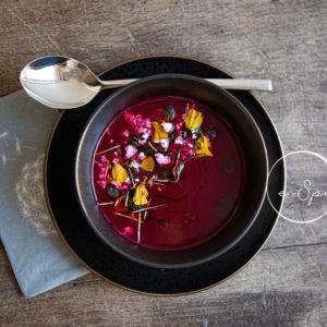 Cékla leves kecskesajttal, tökmaggal #séfaspejzből